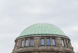 Fenster in einer Kuppel - 187718190