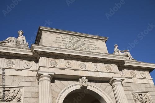 Fotobehang Milan Milan, Italy - December 17, 2017 : 'Porta Nuova' arch