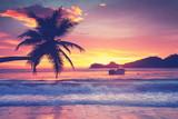 Insel im Ozean - 187750396