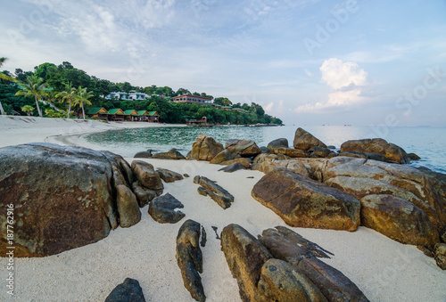 Fotobehang Tropical strand white sand beach