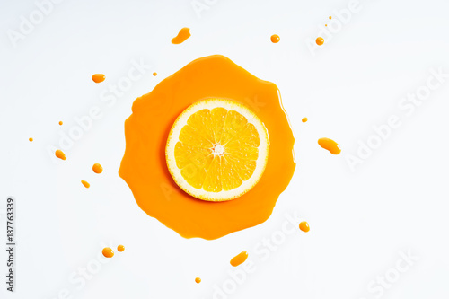 sliced orange - 187763339