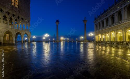 Notte veneziana, Venezia - 187787713