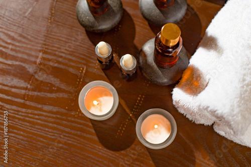 Foto Murales spa set on table