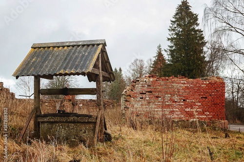 Deurstickers Oude verlaten gebouwen The old brick manor house Latvia.Siekstates