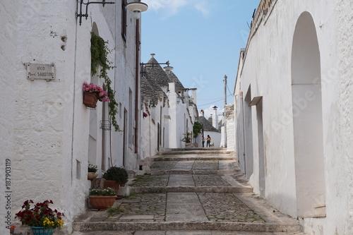 Poster Smal steegje Trulli Alberobello
