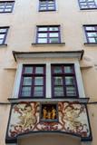 Alte Hausfassade in der Wiener Innenstadt - 187959532