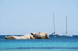 Corsica, 04/09/2017: il Mar Mediterraneo e la costa sulla spiaggia di Santa Giulia, una delle spiagge più famose della costa sud, vicino a Porto Vecchio