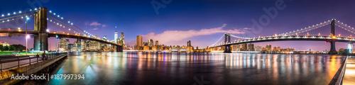 New York City skyline panorama © eyetronic