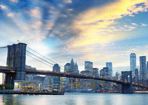 Fotobehang Bruggen Night lights of Manhattan - Aerial view of New York City - USA