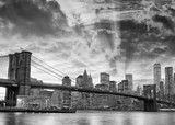 Black and white view of Brooklyn Bridge and Downtown Manhattan at sunset - 188019334