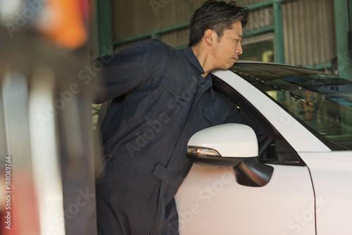 自動車整備士 ミドル男性
