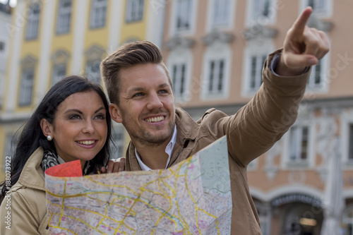 couple on a city break - 188073922