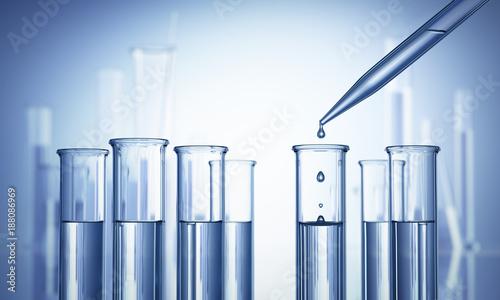 Aluminium Apotheek Reagenzgläser im Labor mit Pipette