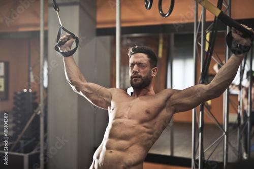 Fridge magnet Sweating at the gym
