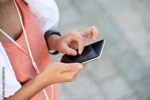 Fridge magnet Checking messages