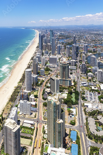 Foto Murales Vertical aerial view of sunny Surfers Paradise on the Gold Coast