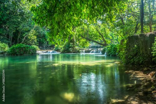 Fotobehang Groene Waterfall chet sao noi national park