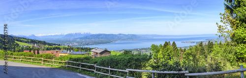 Keuken foto achterwand Panoramafoto s Frühlingsmorgen am östlichen Bodensee