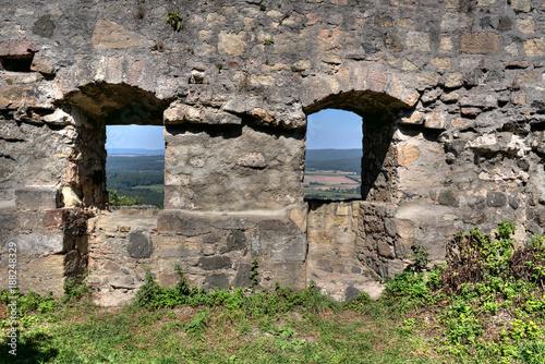 In de dag Baksteen muur Alte Mauer mit Fenster