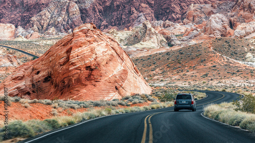 Fotobehang Groen blauw Scenic roads at Valley of Fire.