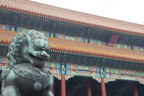 Foto op Plexiglas Peking Chinese forbidden city lion statue