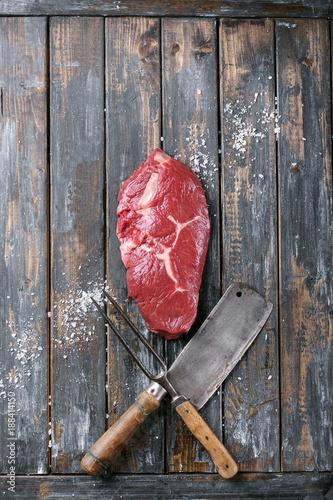 Fotobehang Steakhouse Raw sirloin steak