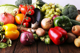 Composition with variety of raw organic vegetables and fruits. Balanced diet - 188430189
