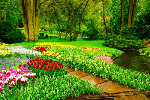 Fotobehang Groene Formal spring garden