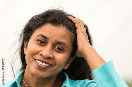 Leinwanddruck Bild Portrait einer attraktiven Frau