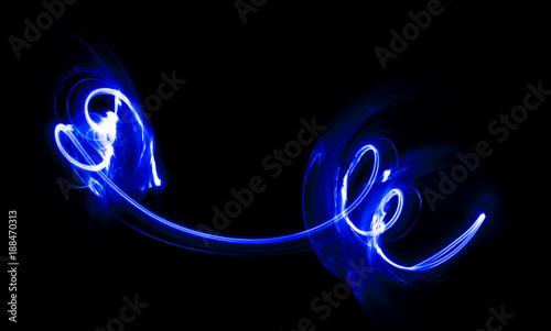Nakładka światła, abstrakcyjny wzór na ciemnym tle