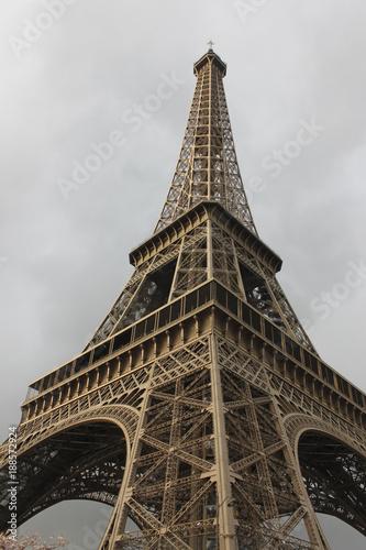 eiffel tower - 188572924