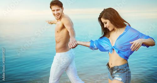 Foto op Canvas Artist KB Relaxed couple enjoying vacation time