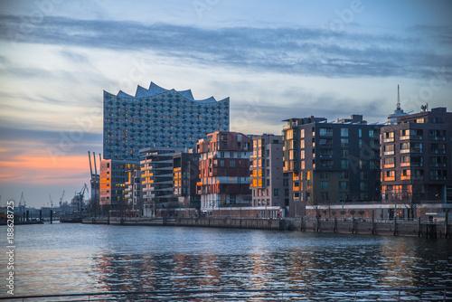 Hamburg Sonnenuntergang Elbphilharmonie Tableau sur Toile