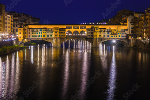 Foto op Canvas Florence Bridge Ponte Vecchio in Florence at night