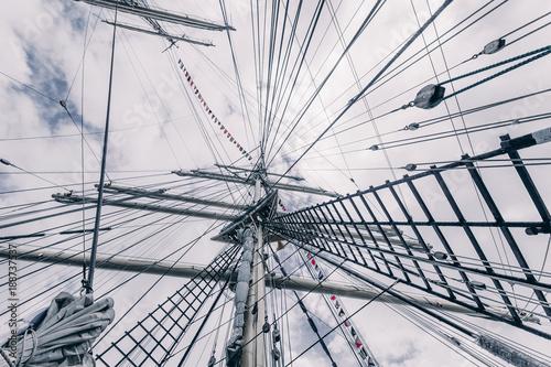 Keuken foto achterwand Schip Old sailing ship mast. Tall ship rigging detail. Masts and rigging of a sailing ship