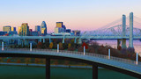 Louisville, Kentucky skyline at sunrise - 188930198