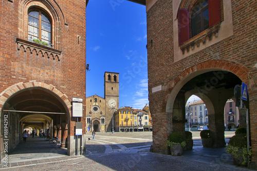 Lodi Città con Duomo e Piazza della Vittoria Lombardia Italia Europa Lodi City with the Cathedral and Vittoria Square Lombardy Italy Europe