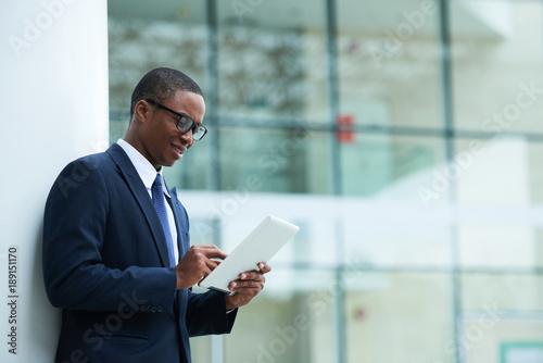 Checking news online