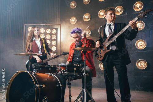 Fotobehang Muziek Bearded drummer in red suit, vintage style