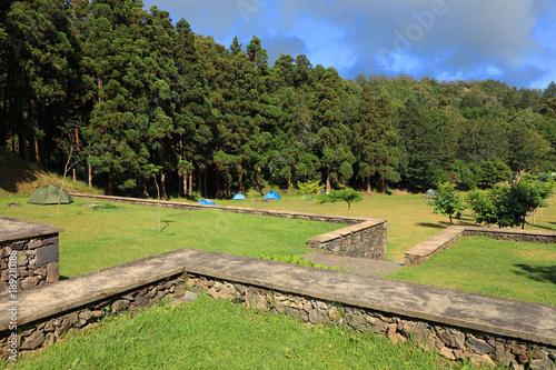 In de dag Pistache Camping of Sete Cidades, Sao Miguel Island, Azores, Europe
