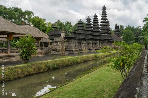In de dag Bali Buddhistischer tempel