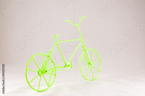 Fotobehang Fiets Green Ancient Bicycle