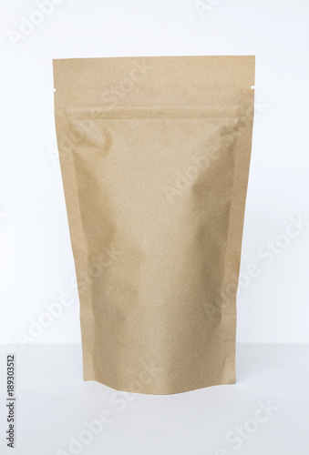Recycle brow paper tea bag on white background, packaging design concept - 189303512