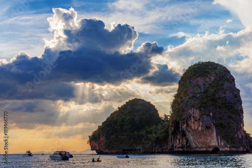 Poster Oceanië tropical rocks sunset Phra Na beach