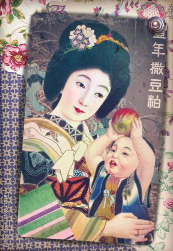 Deurstickers Imagination Stampa antica vintage di madre giapponese in kimono con bambino su sfondo floreale e patchworks