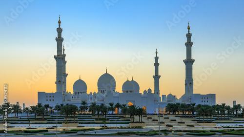 Foto op Canvas Abu Dhabi Sonnenuntergang an der Grand Mosque in Abu Dhabi