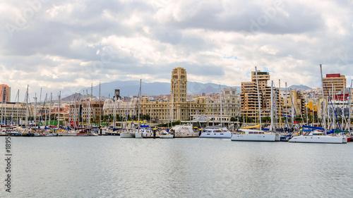 Deurstickers Canarische Eilanden Downtown Santa Cruz de Tenerife and the marina.