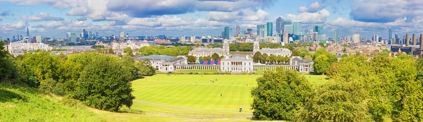 London - The panorama of the Canary Wharf and the City from Greenwich park.