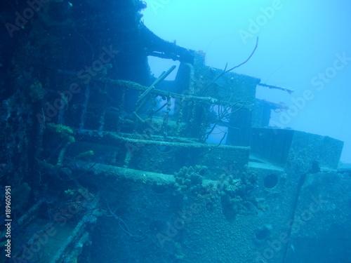 Fotobehang Schipbreuk ship wreck Hilma Hooker Bonaire island caribbean sea underwater