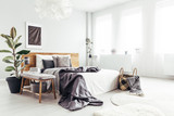 Spacious bedroom with windows - 189633588